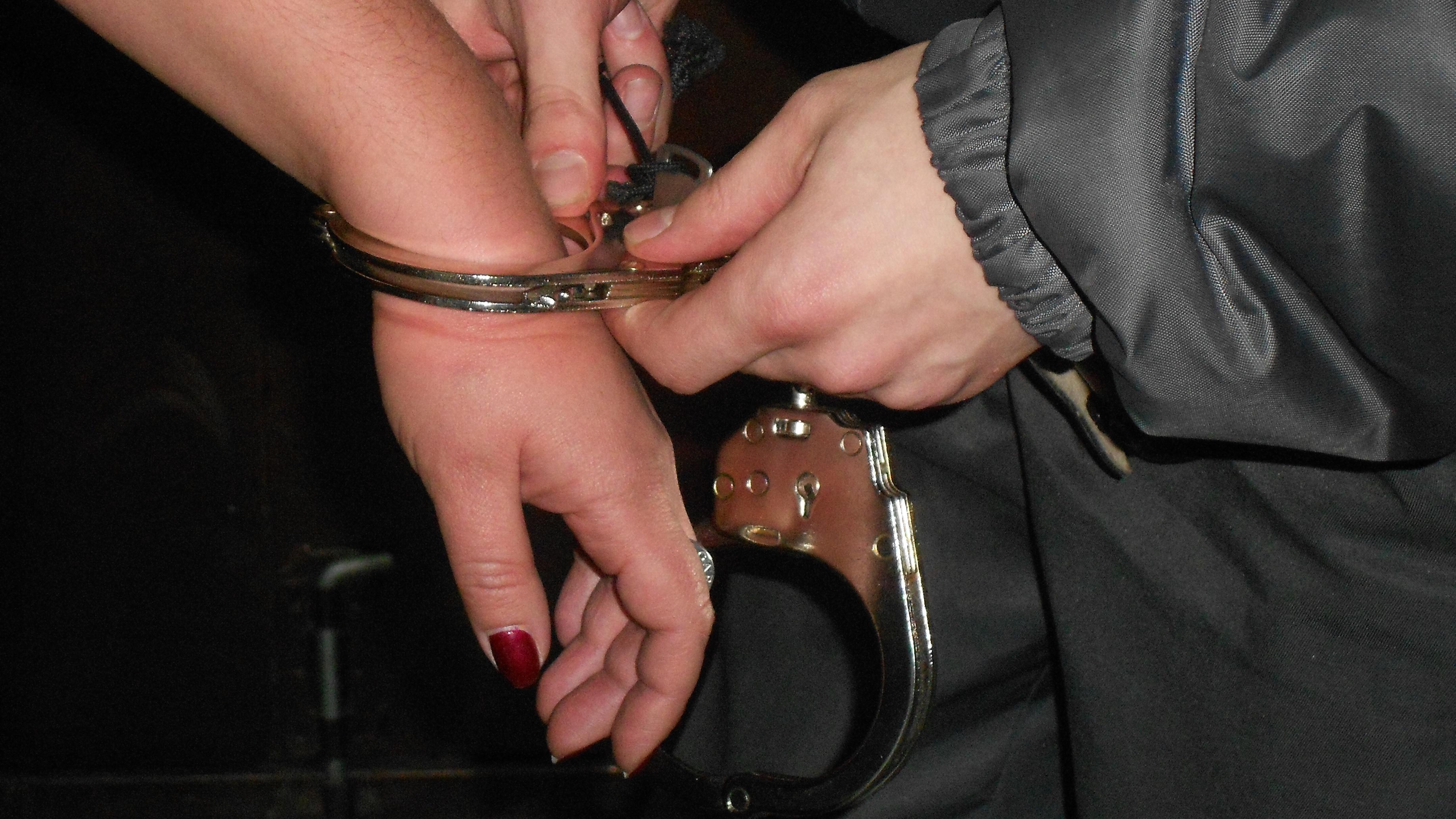 Рассказы о наручниках 6 фотография